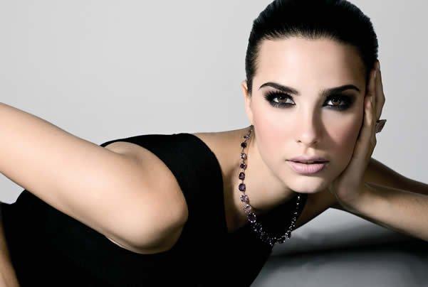 1311517031 231752060 1 maquiadora profissional Brasilandia - Truques infalíveis para arrasar no make