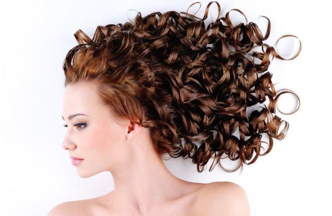 610043 Mitos e verdades sobre cabelo cacheado 3 - Cabelos Poderosos Já!