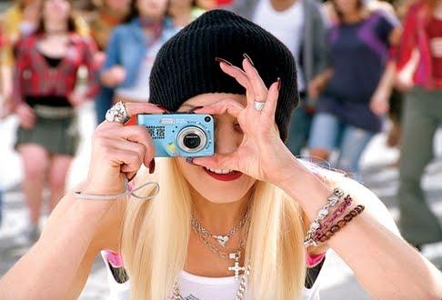 Como tirar foto loira - Make: truques de maquiagem para sair bem na foto