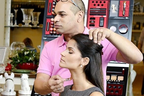 make kaka moraes passo a passo 4 - Make: truques de maquiagem para sair bem na foto