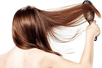 cabelo danificado - Produtos de beleza: qual deles aplicar primeiro?
