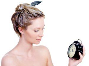 iStock 000016018432 Medium 300x225 - Quando ocorre o corte químico nos cabelos?
