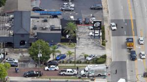 la-na-mass-shooting-orlando-pictures-20160612-007