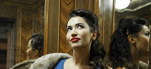 """Intervista a Nina Zilli: """"Sempre Lontano"""" è la musica della mia vita"""