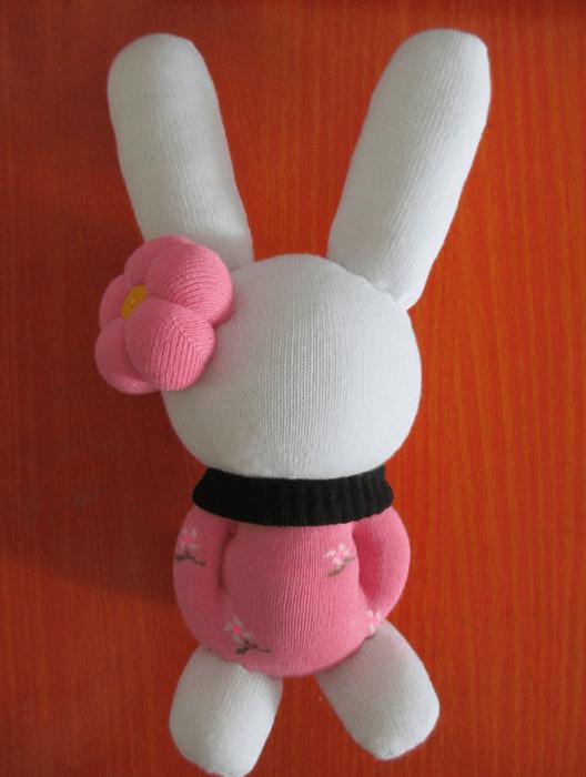 conejo con calcetines 5