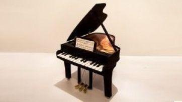 Piano con goma eva, tutorial vídeo con el paso a paso