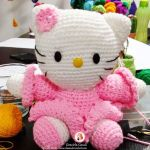 Hello kitty vestida de largo