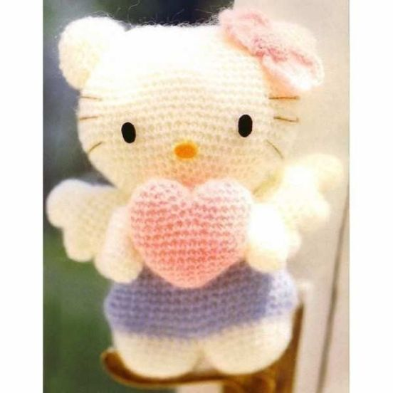 hello kitty angel amigurumi