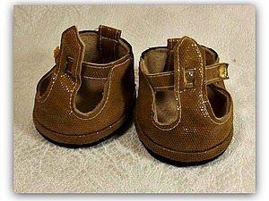 zapato para muñecas