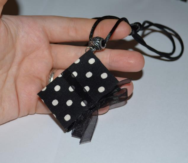 Mini Block colgante 19