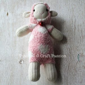 ovejas con calcetin paso 14