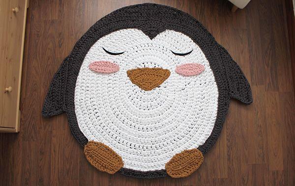 Como hacer una alfombra en trapillo de ping ino patrones gratis - Como hacer alfombras de trapillo trenzadas ...