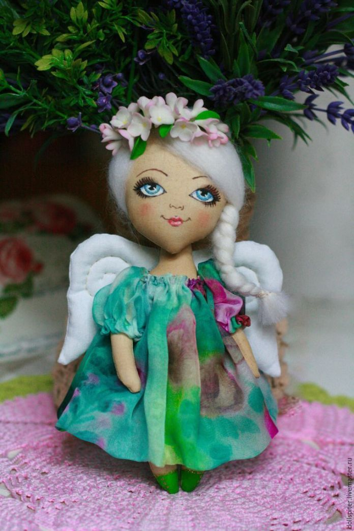 muñeca angel de primavera