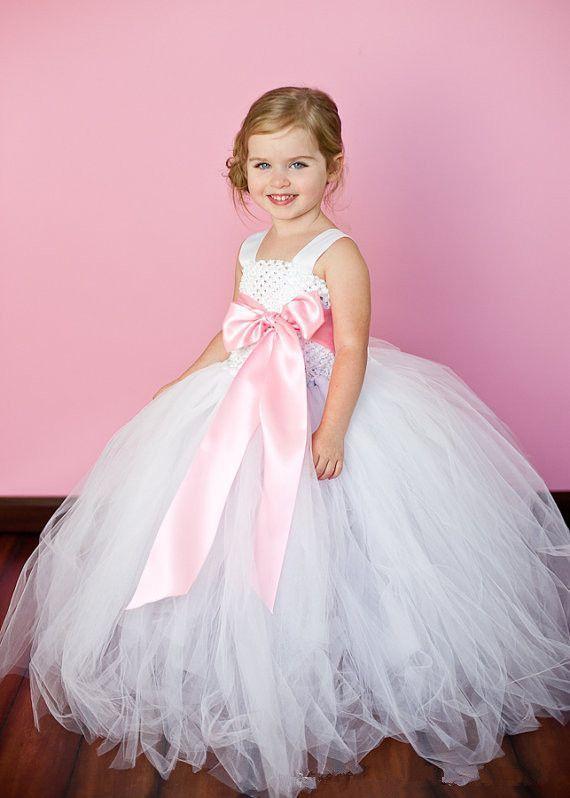 Vestido de princesa con tul para niña - Patrones gratis