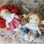 Muñeca de tela pequeña