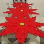 Flor en crochet para Navidad, como centro de mesa