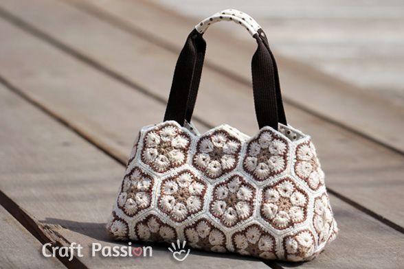 Bolso crochet de flor africana - Patrones gratis