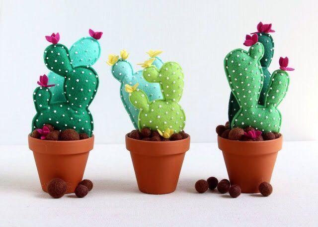 Cactus de fieltro con moldes