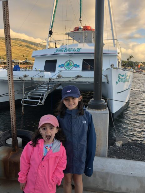 Ready to board the Four Winds II and snorkel at Molokini Crater, Maui, HI #snorkel #maui #snorkelmaui #fourwindsII #hawaii #mauiwithkids #snorkelhawaii
