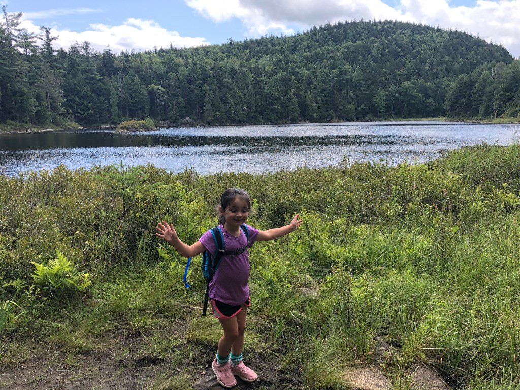 #adirondacks #hikingwithkids #hike #familyhike #sleepingbeautymountain #lakegeorge