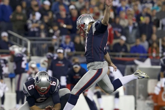 Stephen Gostkowski hits franchise record 26th consecutive field goal