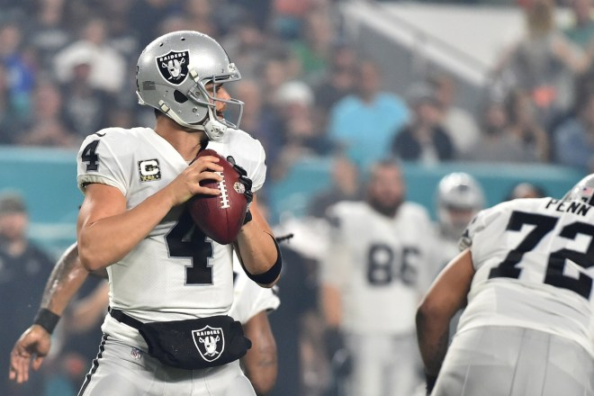 NFL RUMORS: Carr on The Trade Block For Las Vegas?