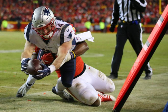 ICYMI: Rex Burkhead Shares Recovery Update As He Continues Knee Injury Rehab