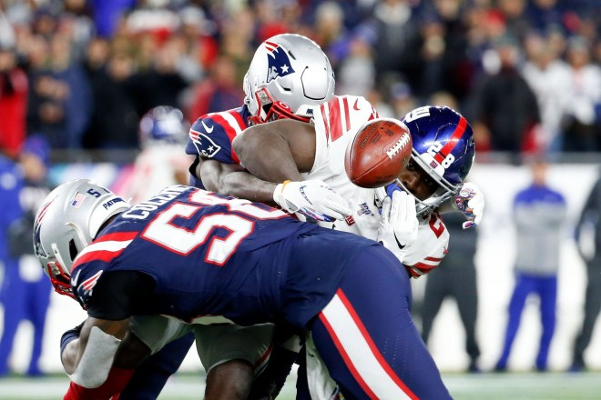 Injury-Riddled Patriots Move to 6-0 With 35-14 Win Over Injury-Riddled Giants