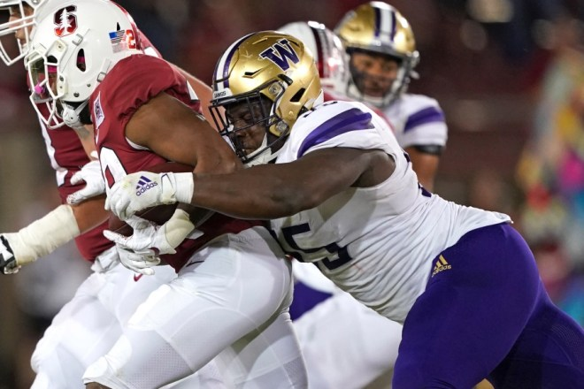 Patriots 2021 Draft Profile, DL Levi Onwuzurike, Washington