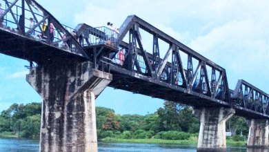 หาเรื่องเที่ยว: กาญจนบุรี (1)   สะพานข้ามแม่น้ำแคว