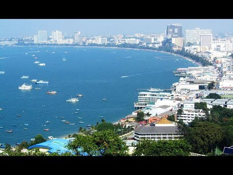 PATTAYA BEACHLIFE- PATTAYA BEACH & BEACH ROAD SCENES. PATTAYA, THAILAND