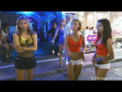 Pattaya Strolling Avenue Nightlife Freelancer, Ladyboys, GoGo Ladies Part 2