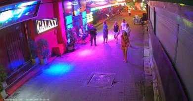Sweet Soul Cafe 1 Reside Circulation From Chaweng, Koh Samui, Thailand   Reside HD Webcam   SamuiWebcam