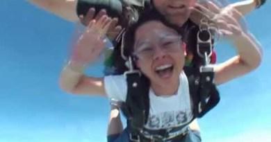 Skydiving in Pattaya, Thailand – 16 April 2011