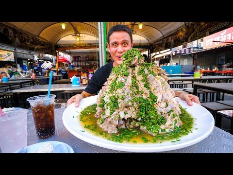 The MOST INSANE Avenue Meals in Thailand!