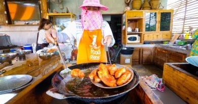 Thai Meals – 1.5 YEARS WAITING LIST! (Hardest Reservations in Thailand)