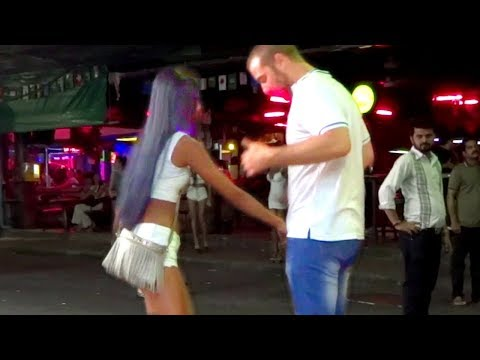 PATTAYA IS A PARADISE FOR SINGLE MEN? | Strolling Boulevard, Thailand Nigtlife