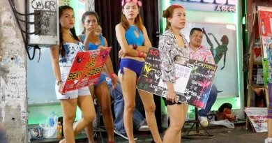 Pattaya Nightlife – Songkran Saturday Night In Strolling Avenue