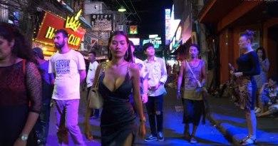 So many freelancers! Pattaya Strolling Avenue Vlog #006