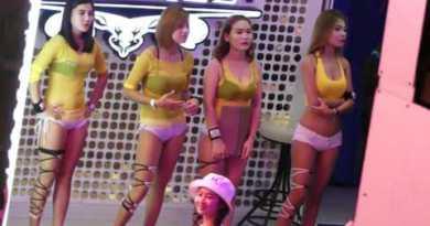 NightLife Hot Ladies  Pattaya Walking Road-Thailand