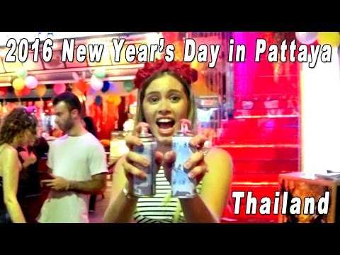 Pattaya, Walking Avenue on 2016 New Year's Day