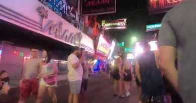 Pattaya crimson gentle strolling avenue