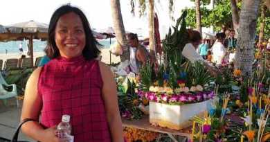 pattaya beach avenue LOY KRATHONG competition day and evening november 2019