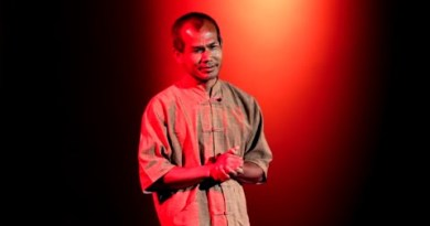 Existence is easy. Why will we compose it so laborious? | Jon Jandai | TEDxDoiSuthep