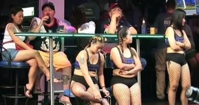 Thai Ladies – Soi 6 Pattaya – Thailand
