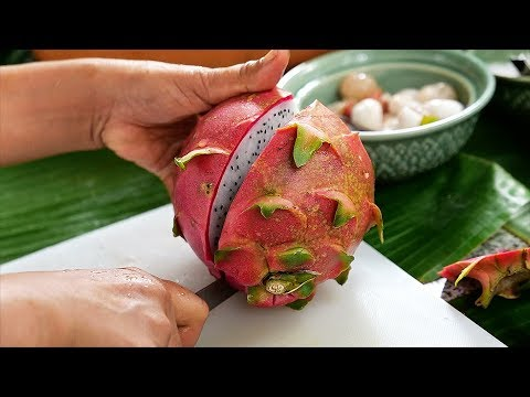 Thai Food – EXOTIC FRUITS Quail Egg Salad Aoywaan Bangkok Thailand