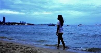 Pattaya Sea stir 4K video vlog