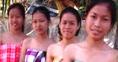 THAI WOMEN, LIFE IN VILLAGE: northern Thailand females, thai village lady, shuttle from Bangkok Pattaya
