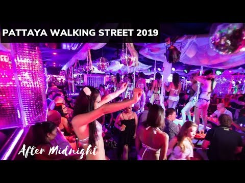 Pattaya Strolling avenue after center of the evening 2019