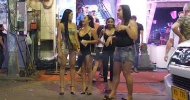 Night Scene in Pattaya Strolling Avenue